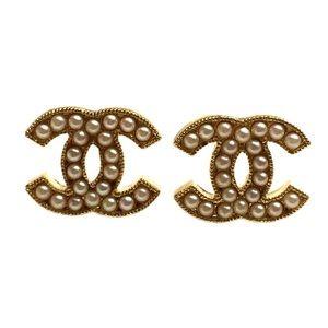 Cute logo earrings